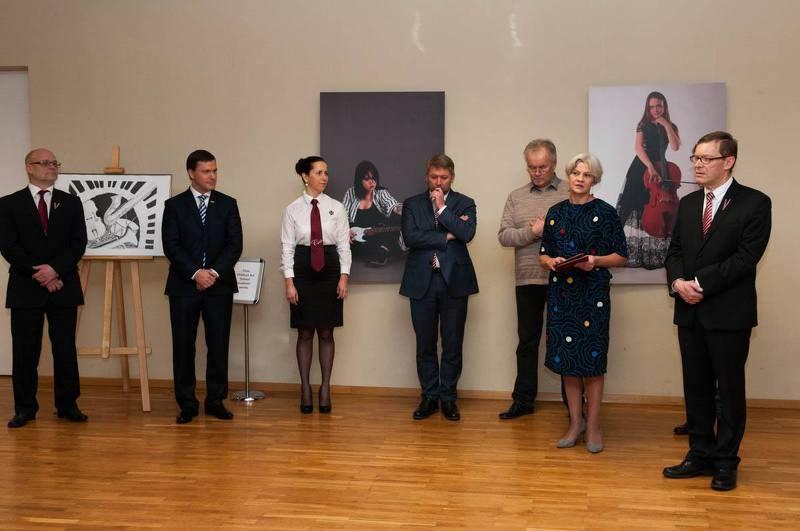Rokišku kultūras centra telpās tika atklāta Cēsu pilsētas Mākslas skolas izstāde, <a href=